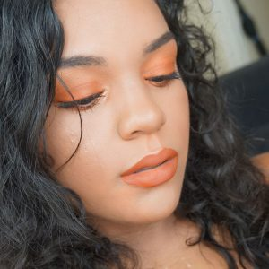 Pumpkin-coloured-makeup-Sarah-Salvador